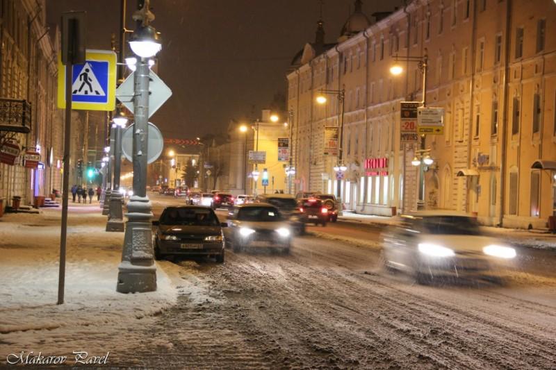 Дорожные службы Твери перевели врежим повышенной готовности перед снегопадом